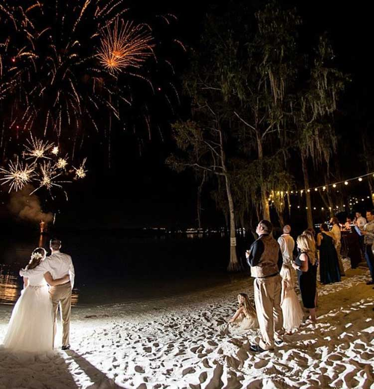 Paradise Cove, an idyllic Orlando lakefront wedding venue on the shores of Lake Bryan. A fairy tale wedding to fit your vision & budget. Schedule a tour today. Discover our boho, romantic waterfront wedding venue, minutes from Disney.